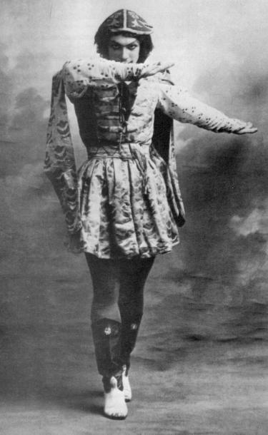 Vaslav NijinskyinLe Festin, Parijs, mei 1909.