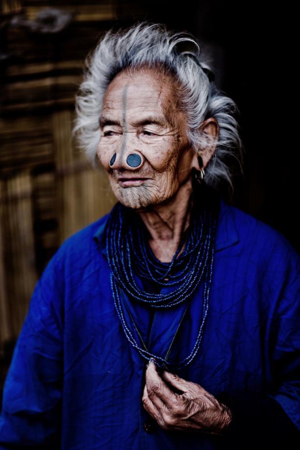 Apatani vrouw, 2009. Foto: Christo Geoghegan.
