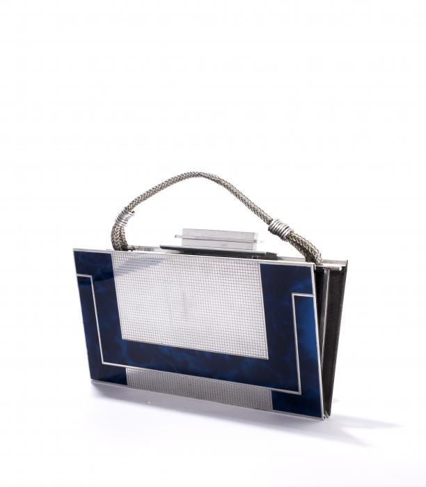 Aluminium tas met blauwe emaille ingelegd, Frankrijk, 1920-1930, Tassenmuseum.